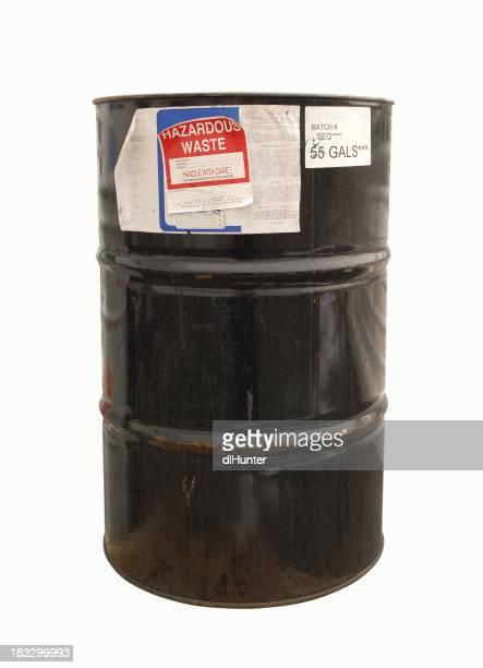 Cinquanta 5 gal barili di rifiuti tossici