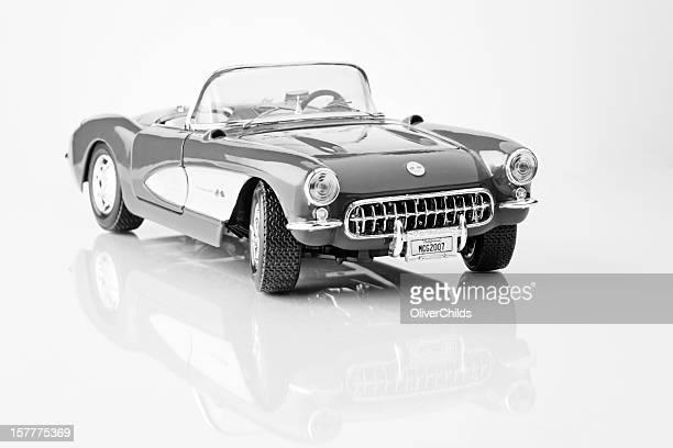Fifty seven Chevrolet Corvette 1/18th scalemodel, side view.
