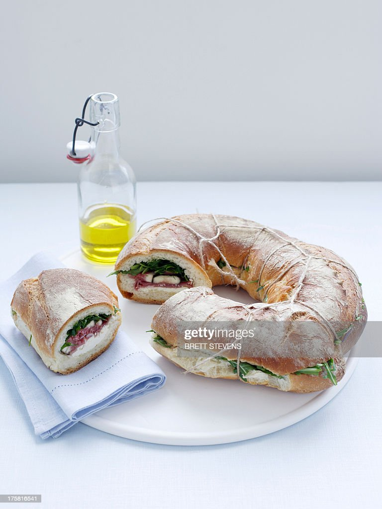 Fig, prosciutto, ricotta rocket loaf : Stock Photo