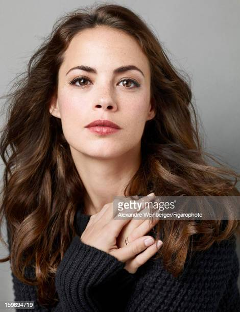 Figaro ID 105234007 Actress Berenice Bejo is photographed for Madame Figaro on October 22 2012 in Paris France PUBLISHED IMAGE Sweater by Bottega...