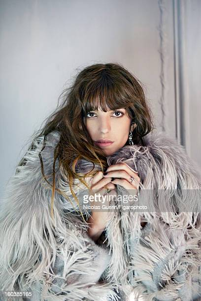 Figaro ID 105335003 Model Lou Doillon is photographed for Madame Figaro on November 13 2012 in Paris France PUBLISHED IMAGE Coat by Alexander McQueen...