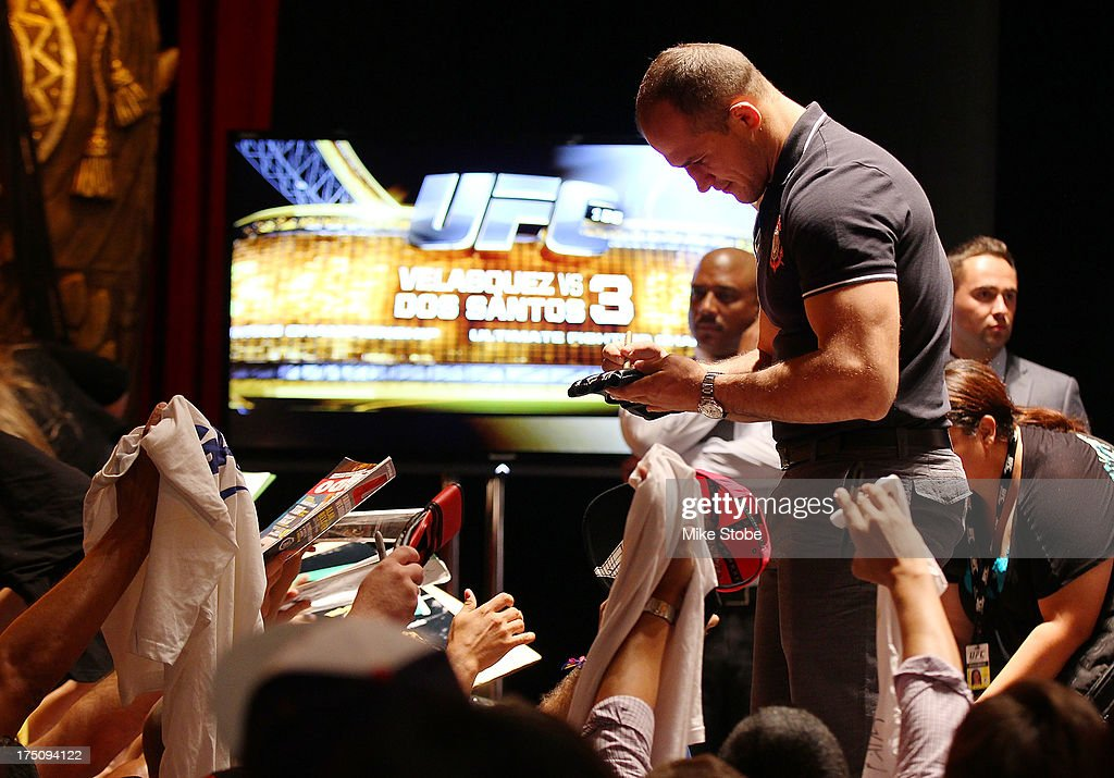 UFC fighter Junior Dos Santos interacts with the media during a press conference at Beacon Theatre on July 31, 2013 in New York City.