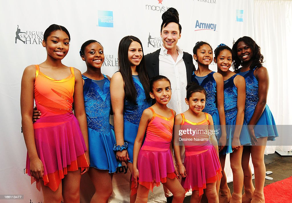 Figure skater <a gi-track='captionPersonalityLinkClicked' href=/galleries/search?phrase=Johnny+Weir&family=editorial&specificpeople=208701 ng-click='$event.stopPropagation()'>Johnny Weir</a> poses with stduents from Figure Skating in Harlem at the 2013 Skating with the Stars Benefit Gala at Trump Rink at Central Park on April 8, 2013 in New York City.