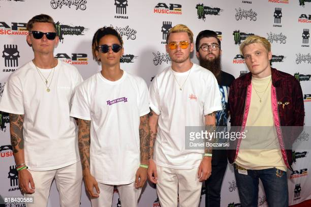 Fil ThorpeEvans Dani Washington Sam Bowden Matt West and Ben Barlow of Neck Deep attend the 2017 Alternative Press Music Awards at KeyBank State...