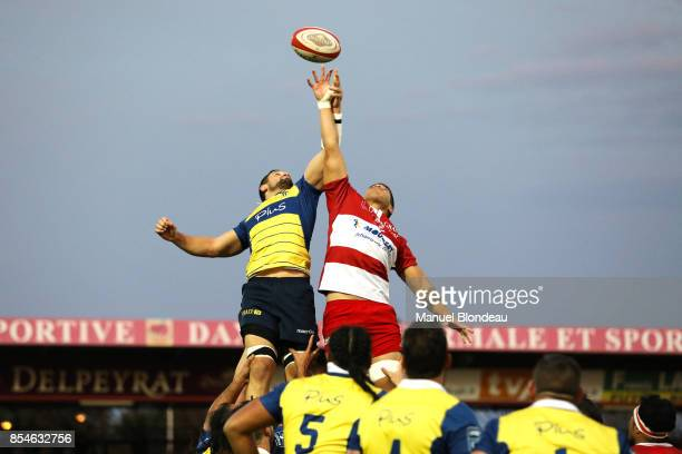 Filimo Taofifenua of Dax and Gauthier Gibouin of Nevers during the French Pro D2 match between Dax and Nevers on September 22 2017 in Dax France