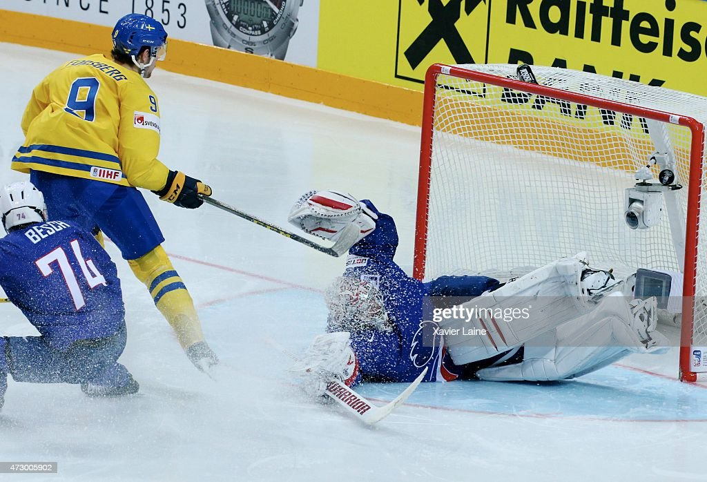 <a gi-track='captionPersonalityLinkClicked' href=/galleries/search?phrase=Filip+Forsberg&family=editorial&specificpeople=8768623 ng-click='$event.stopPropagation()'>Filip Forsberg</a> #9 of Sweden scores a goal on <a gi-track='captionPersonalityLinkClicked' href=/galleries/search?phrase=Cristobal+Huet&family=editorial&specificpeople=202923 ng-click='$event.stopPropagation()'>Cristobal Huet</a> #39 of France during the 2015 IIHF World Championship between Sweden and France at O2 arena ,on May 11,2015 in Prague, Czech Republic.