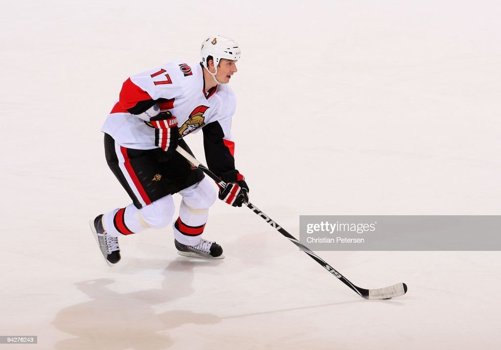 <a gi-track='captionPersonalityLinkClicked' href=/galleries/search?phrase=Filip+Kuba&family=editorial&specificpeople=209425 ng-click='$event.stopPropagation()'>Filip Kuba</a> #17 of the Ottawa Senators skates with the puck during the NHL game against the Phoenix Coyotes at Jobing.com Arena on December 5, 2009 in Glendale, Arizona. The Coyotes defeated the Senators 3-2.
