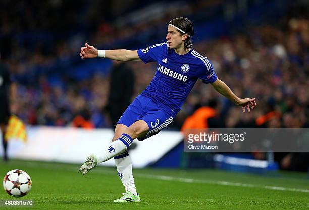 Filipe Luis of Chelsea passes the ball during the UEFA Champions League group G match between Chelsea and Sporting Clube de Portugal at Stamford...
