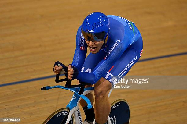 Filippo Ganna of Italy in action on his way to winning The Men's Individual Persuit Final during Day Three of the UCI Track Cycling World...