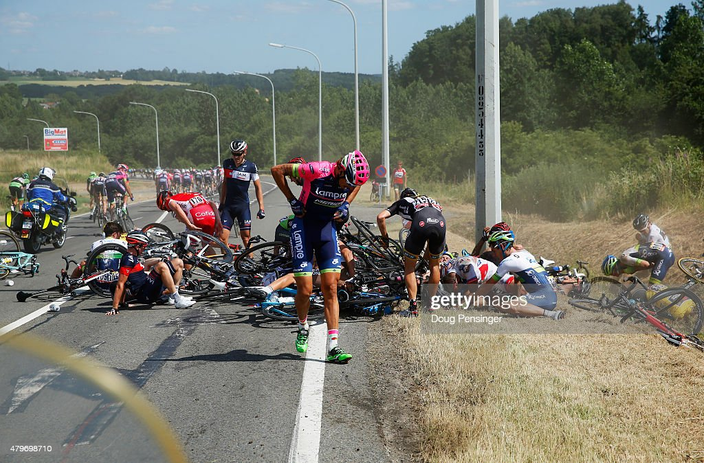 <a gi-track='captionPersonalityLinkClicked' href=/galleries/search?phrase=Filippo+Pozzato&family=editorial&specificpeople=702897 ng-click='$event.stopPropagation()'>Filippo Pozzato</a> of Italy and Lampre-Merida adjusts his clothing following a crash near Brabant Wallon during stage three of the 2015 Tour de France, a 159.5 km stage between Anvers and Huy, on July 6, 2015 in Huy, Belgium.