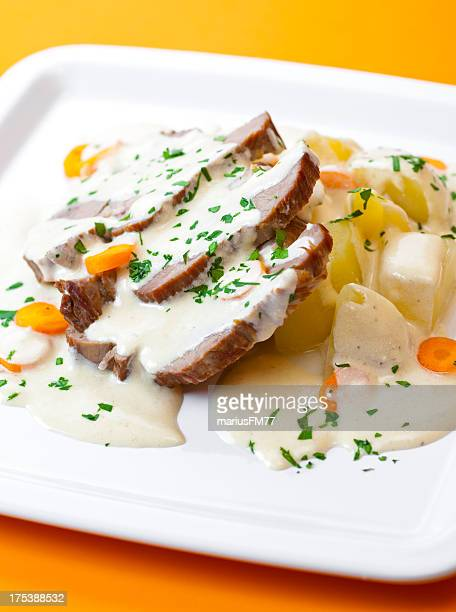 Fillet of beef with cream sauce