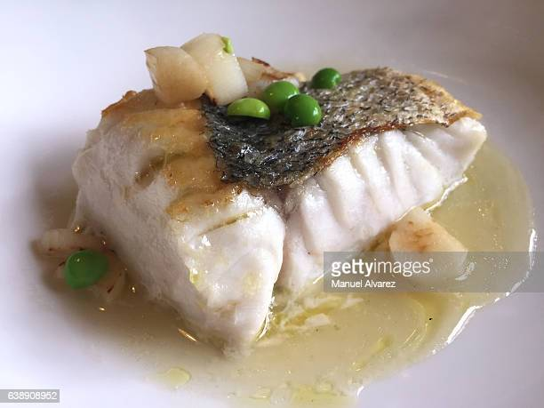 Fillet of cod in green sauce