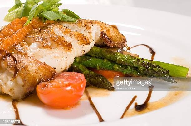Fillet of white fish and vegetables 2