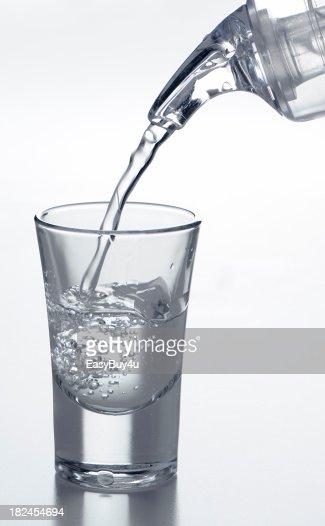 Filling a shot glass