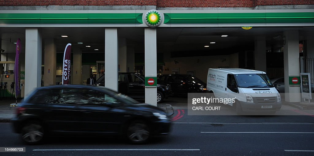 A BP filling station is pictured in central London on October 30, 2012. BP posted earnings far stronger than expected and hiked its dividend as the British energy giant prepared for a new Russia adventure after being rocked by the devastating Gulf of Mexico oil spill.