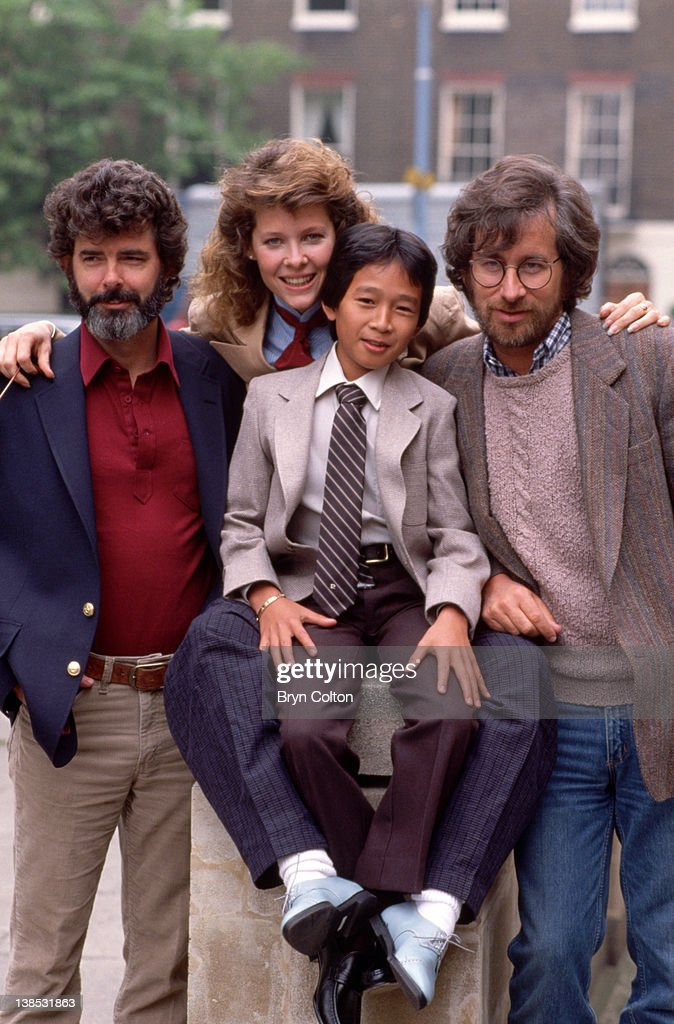 Film director Steven Spielberg right poses for a photograph with left to right Executive producer George Lucas Actress Kate Capshaw and Actor Ke...