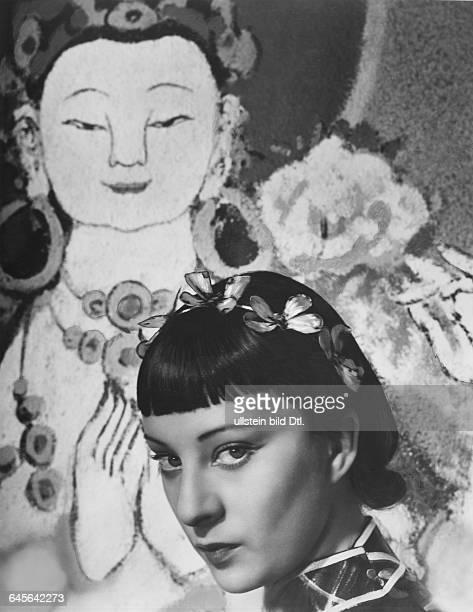 Film 'Gebrandmarkt' 1937 by Marcel L'Herbier with actress Sylvia Bataille Vintage property of Ullstein Bild
