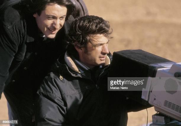 Film of the movie ´Earth´ The director Julio Medem during the film of the movie next to the actor Carmelo Gomez