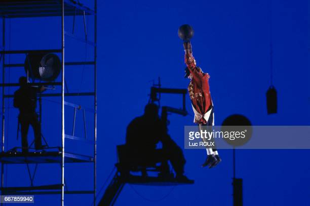 Filming of the special effects for the movie The Aventures of Baron Munchausen directed by Terry Gilliam at Cinecitta studios