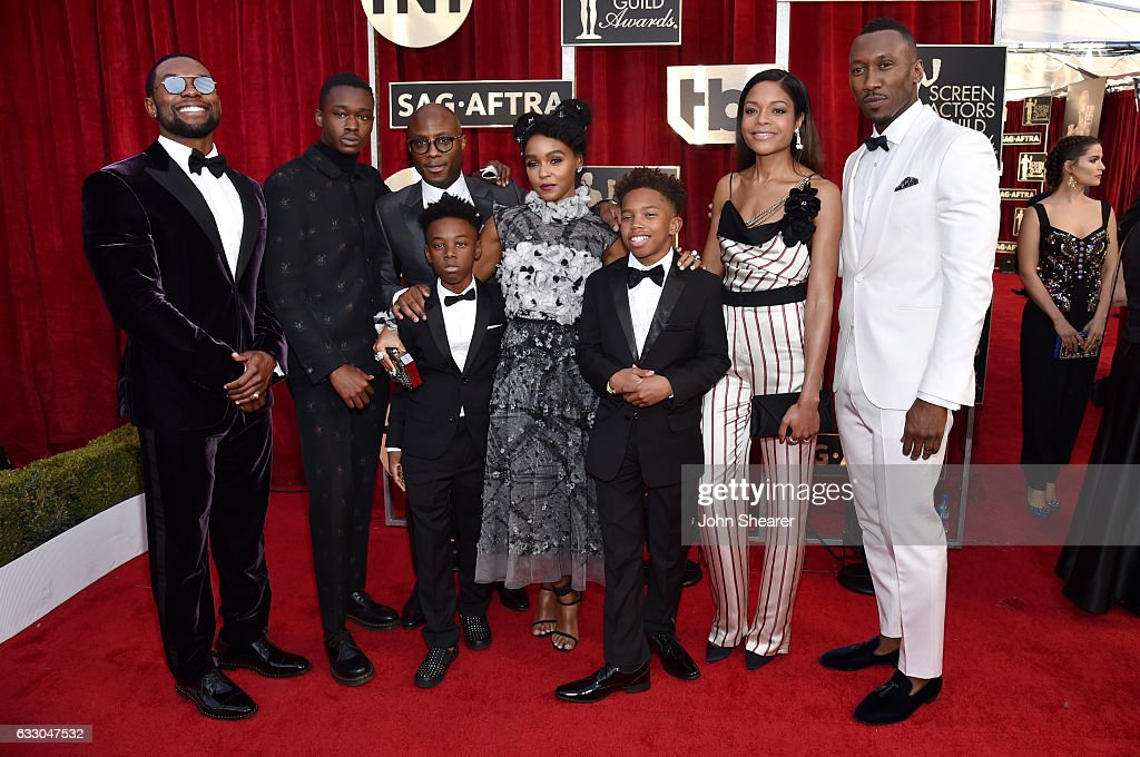Filmmaker Barry Jenkins (3rd from L) with the cast of 'Moonlight' attends The 23rd Annual Screen Actors Guild Awards at The Shrine Auditorium on January 29, 2017 in Los Angeles, California.