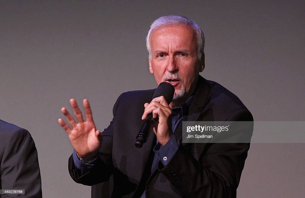 Filmmaker <a gi-track='captionPersonalityLinkClicked' href=/galleries/search?phrase=James+Cameron&family=editorial&specificpeople=206399 ng-click='$event.stopPropagation()'>James Cameron</a> attends 'Meet The Filmmakers' at Apple Store Soho on August 5, 2014 in New York City.