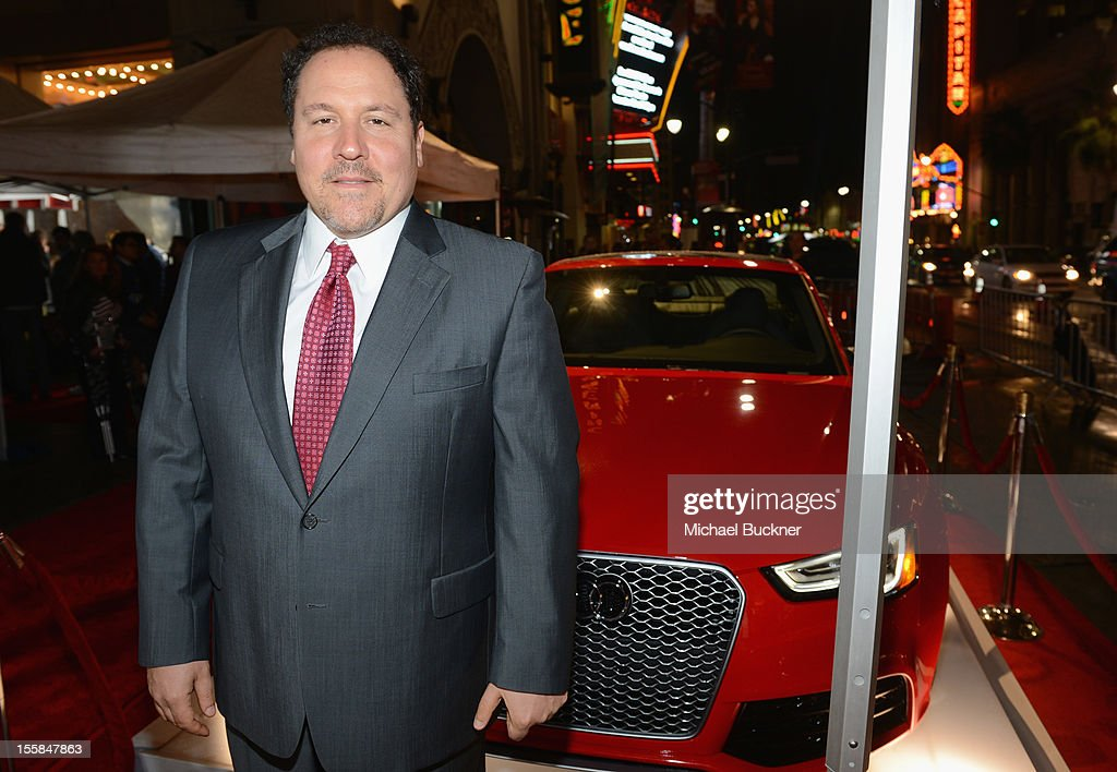 Filmmaker <a gi-track='captionPersonalityLinkClicked' href=/galleries/search?phrase=Jon+Favreau&family=editorial&specificpeople=239483 ng-click='$event.stopPropagation()'>Jon Favreau</a> arrives at the premiere of 'Lincoln' during the 2012 AFI Fest presented by Audi at Grauman's Chinese Theatre on November 8, 2012 in Hollywood, California.