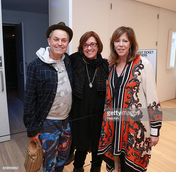 Filmmaker Jonathan Demme Kristi Zea and Jane Rosenthal attend the premiere of 'Everybody Knows Elizabeth Murray' during the 2016 Tribeca Film...