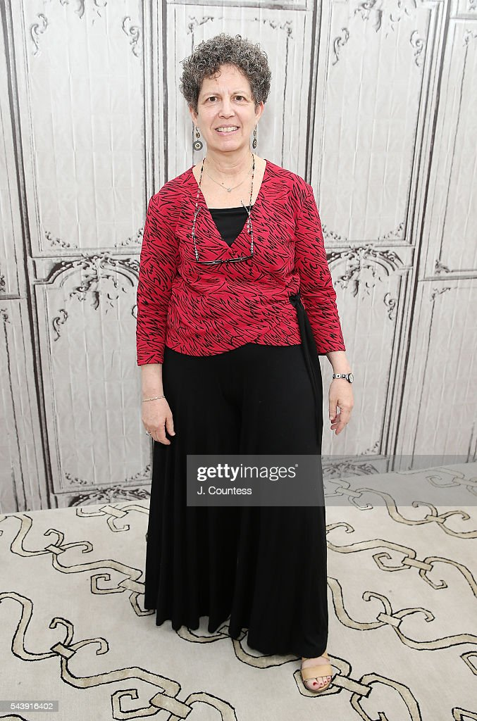 Filmmaker Laurie Kahn poses for a photo at AOL Build Presents - Author Eloisa James And Director Laurie Kahn Discussing The New Documentary 'Love Between The Covers' at AOL Studios In New York on June 30, 2016 in New York City.