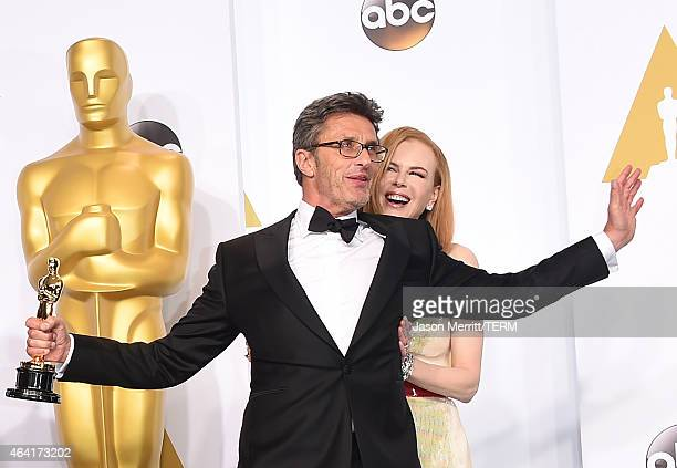 Filmmaker Pawel Pawlikowski winner of the Best Foreign Language Film Award for 'Ida' and actress Nicole Kidman pose in the press room during the 87th...