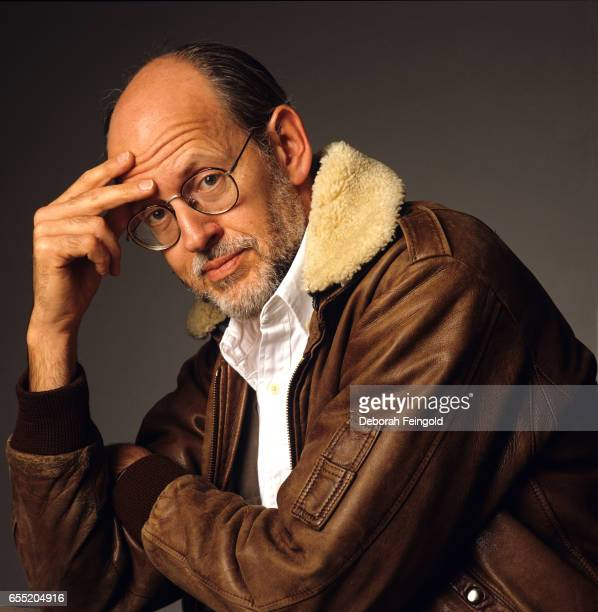 frank oz the puppeteer Frank oz, also known by his birth name of richard frank oznowicz, is perhaps  the most skilled puppeteer of all time, more so than the man.