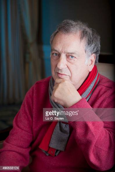 Filmmaker Stephen Frears is photographed for Los Angeles Times on December 19 2013 in Beverly Hills California PUBLISHED IMAGE CREDIT MUST READ Liz...