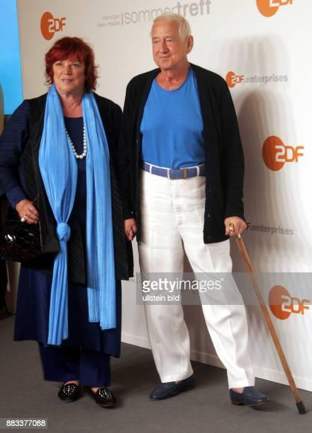 Filmproduzentin Regina Ziegler und Ehemann Wolf Gremm anläßlich ZDFSommerfest in Berlin