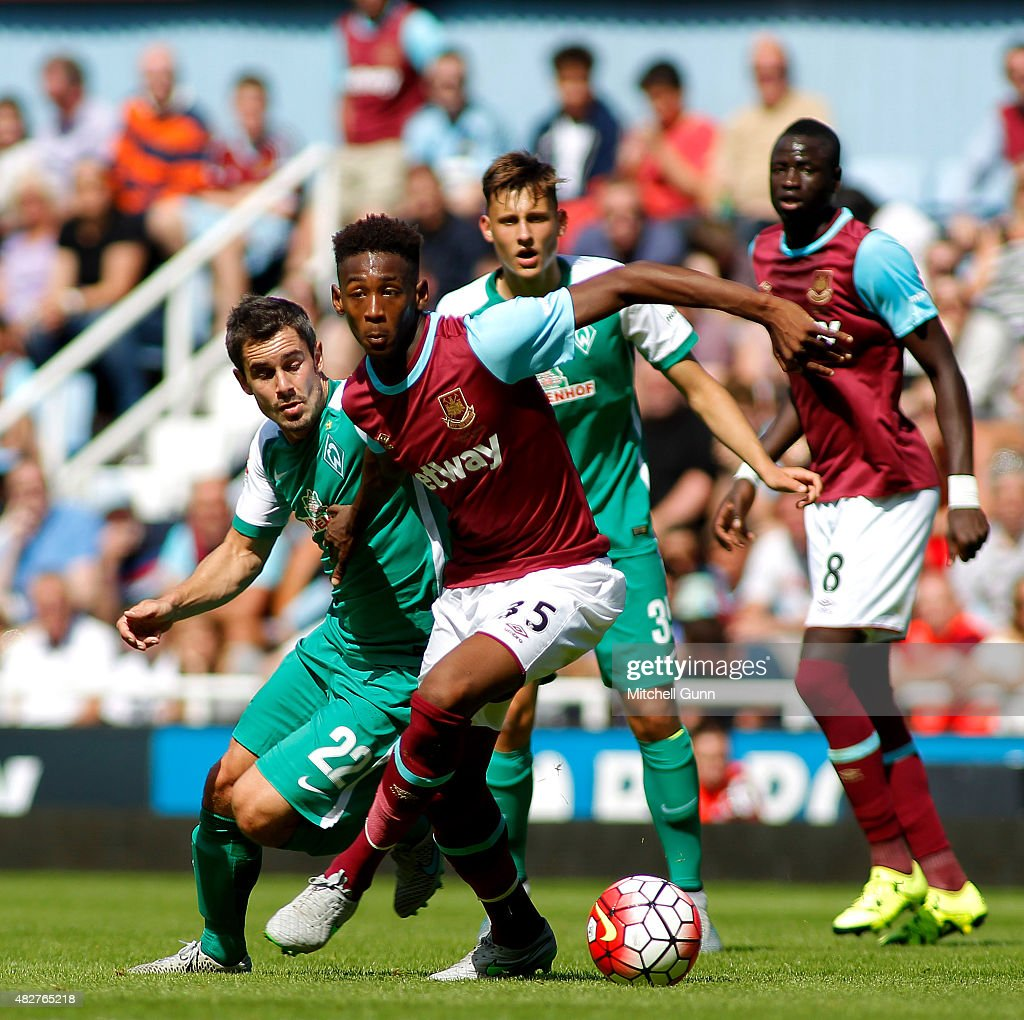 Fin Bartels of Werder Bremen and Reece Oxford of West Ham compete for the ball during the Betway Cup match between West Ham United and Werder Bremen at Boleyn Ground on August 2, 2015 in London, England.