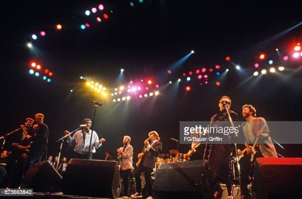 Finale of the Prince's Trust Concert on June 05 1987 in London United Kingdom 170612F1