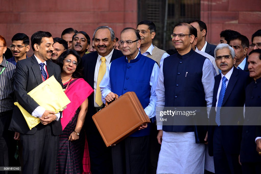 Finance Minister Arun Jaitley and his MOS Jyant Sinha with finance secretaries leaving his office for the Parliament to present General budget 2015-16 on February 28, 2015 in New Delhi, India
