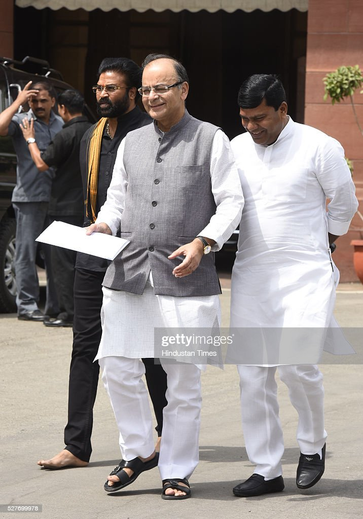 Finance Minister, Minister of Corporate Affairs Arun Jaitley, other BJP MP Leave after attending BJP parliamentary Board Meeting at Parliament Library on May 3, 2016 in New Delhi, India. With the BJP mounting an offensive against Congress vice-president on the AgustaWestland VVIP chopper bribery case, Rahul Gandhi on Wednesday said he is happy to be targeted.