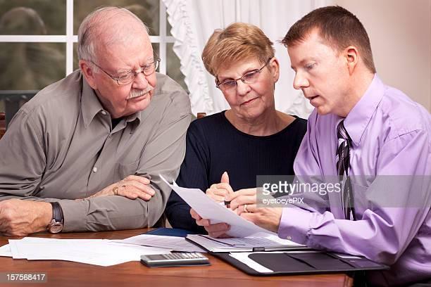 Financial Advisor beraten und Senioren (Serie