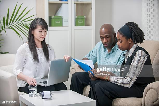 Conseiller financier, aider le Couple de Budget