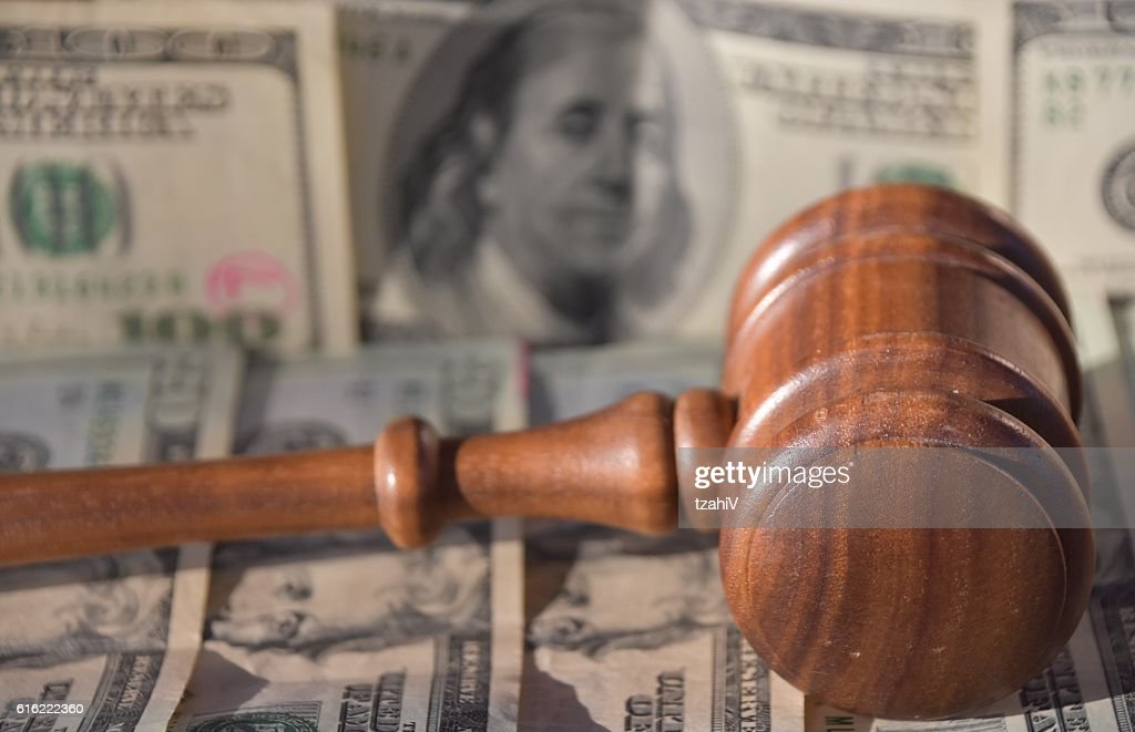 Financial judgment : Photo