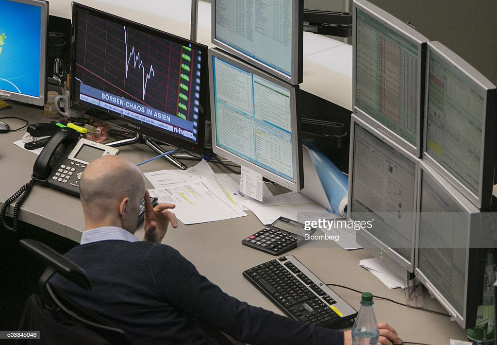 First Day Of 2016 Trading Inside Frankfurt Stock Exchange ...