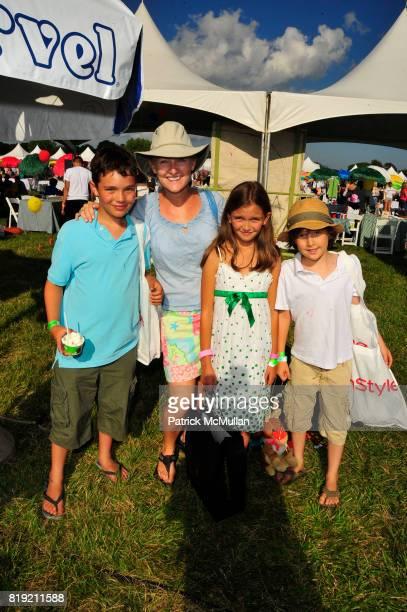 Finbar Slonim Fiona Slonim Kira Smith and Declan Slonim attend Donna Karan Ariel Foxman InStyle Along With Kelly Ripa Ashley Greene Present Super...