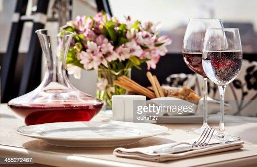 Fine restaurant dinner table place setting : Stock Photo