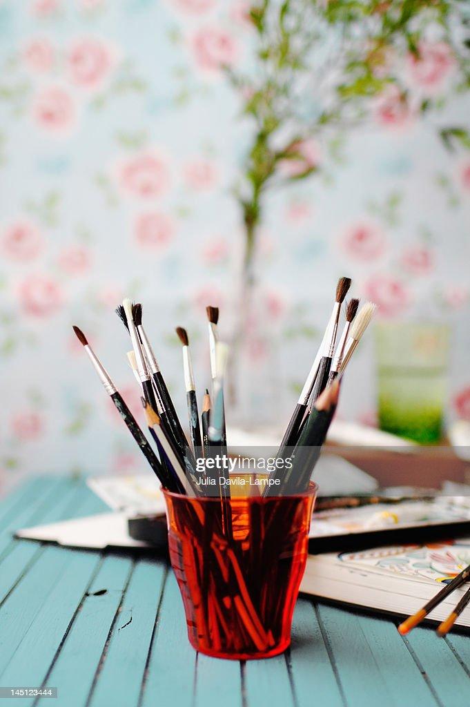 Fine watercolor brushes/utensils : Stock Photo