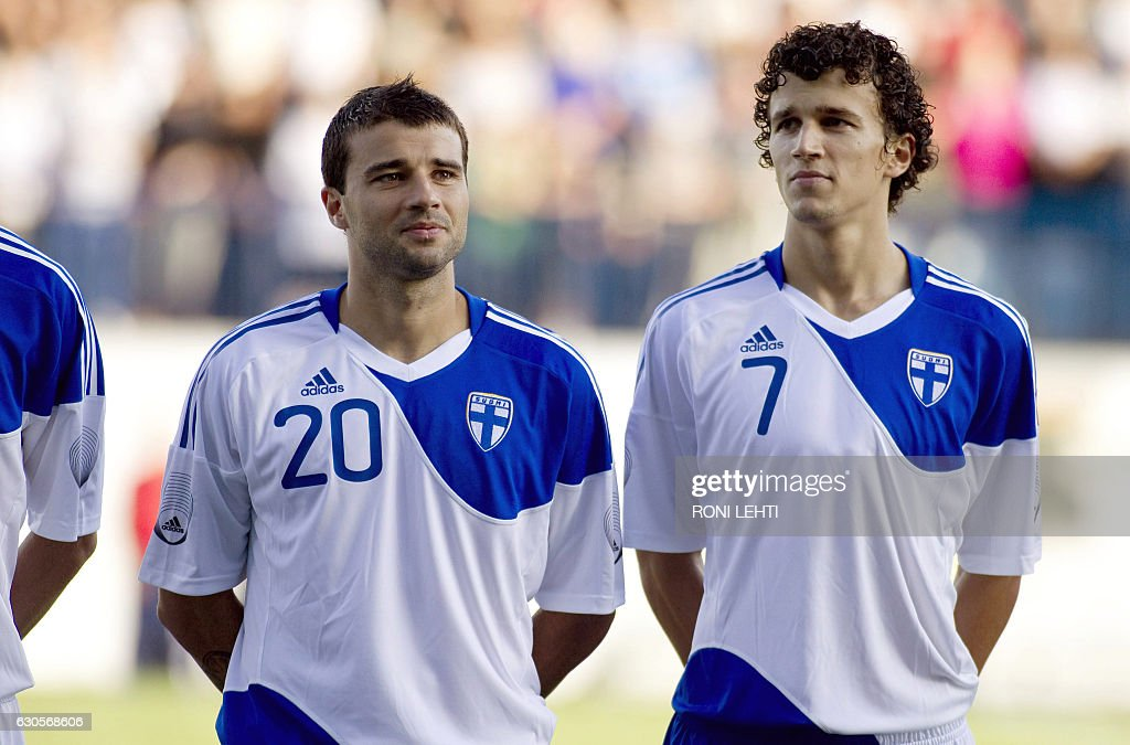 Finland's Alexei Eremenko Js (L) and Roman Eremenko (R) stand prior to the start of their friendly football match Finland vs. Belgium in Veritas Stadium in Turku, on August 11, 2010. AFP PHOTO/ RONI LEHTI / LEHTIKUVA / / AFP / LEHTIKUVA / Roni Lehti
