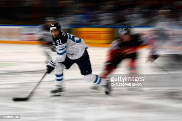 Finland's forward Valtteri Filppula controls the puck during the IIHF Men's World Championship group B ice hockey match between Canada and Finland on...