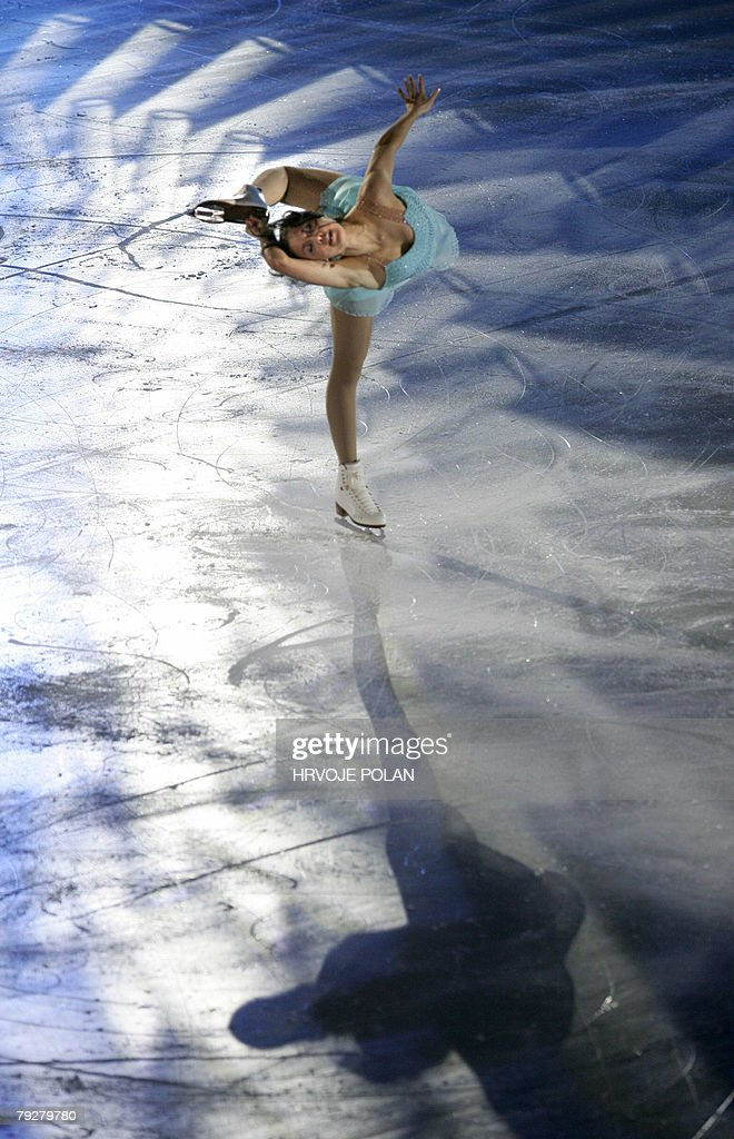 Finland's Laura Lepisto performs an exhibition program at the Dom Sportova Arena in Zagreb 27 January 2008 during the gala of the European Figure...