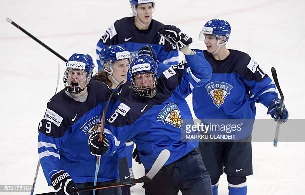 Finland's Patrik Laine Jesse Puljujärvi Sami Niku Sebastian Aho and Vili Saarijärvi celebrate the 12 goal during the 2016 IIHF World Junior Ice...