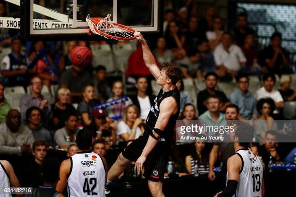 Finn Delany of the Breakers throws down a dunk during the round 19 NBL match between the New Zealand Breakers and Melbourne United at North Shore...