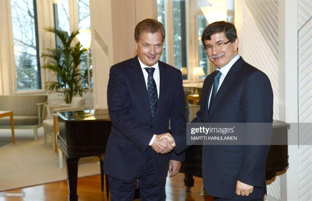 Finnish President Sauli Niinisto (L) meets Turkish Foreign Minister Ahmet Davutoglu in Helsinki, Finland, on December 19, 2012. AFP PHOTO / LEHTIKUVA / Martti Kainulainen