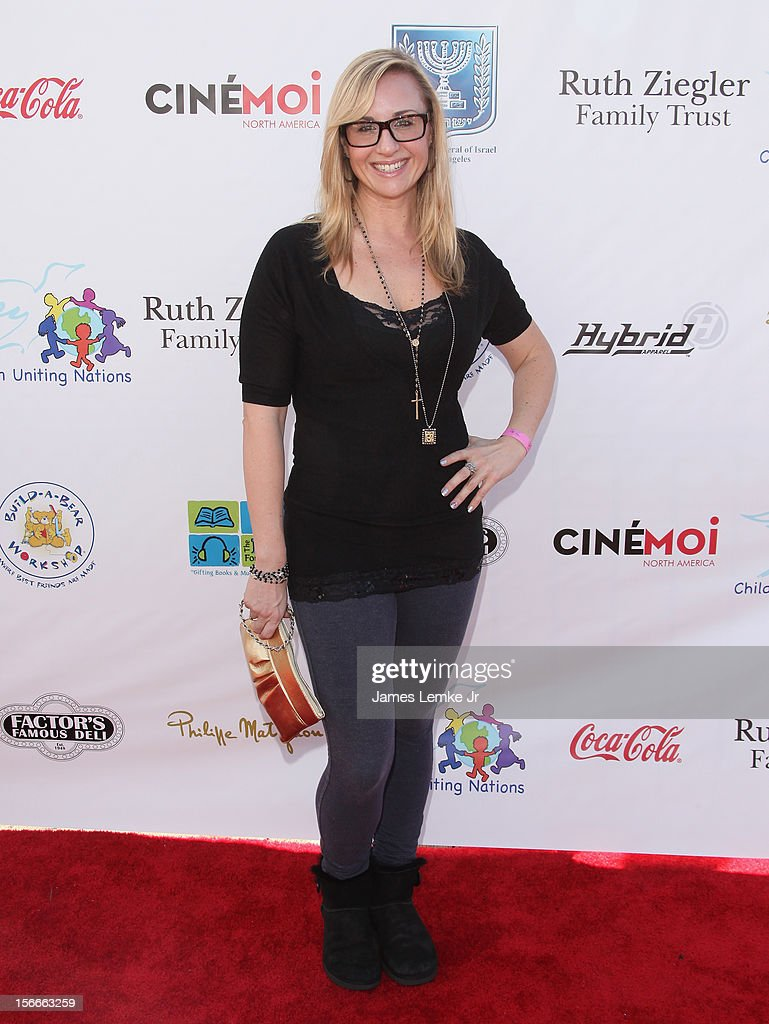 Fiona Bates attends the Children Uniting Nations' Day of The Child Fundraiser held at the Santa Monica Pier on November 18, 2012 in Santa Monica, California.